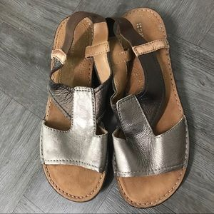 Shoes - Naturalizer pewter bronze and gold sandal
